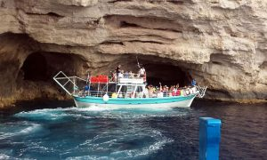 Boat rental Shipwreck beach and Blue Caves